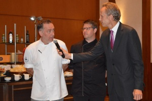 chef-mark-pheonix-and-fredrik-forsell-being-interviewed-by-consul-jan-campbell-westlind